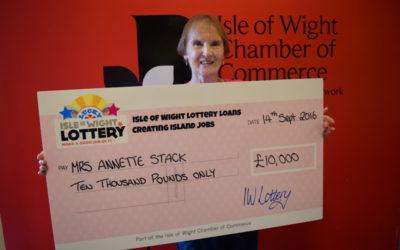 Annette's a £10,000 IW Lottery winner