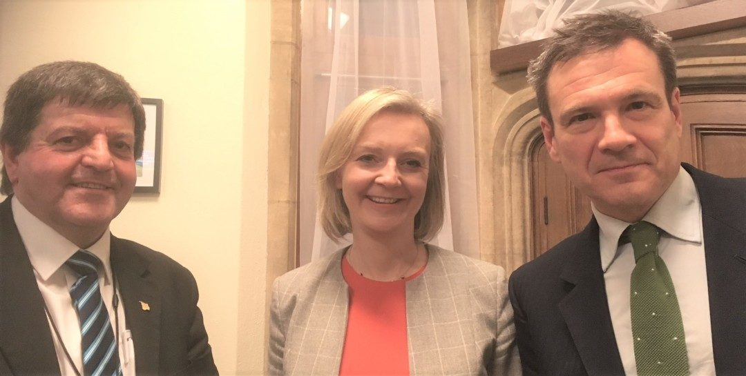 MP and Council leader discuss Island economy with Treasury